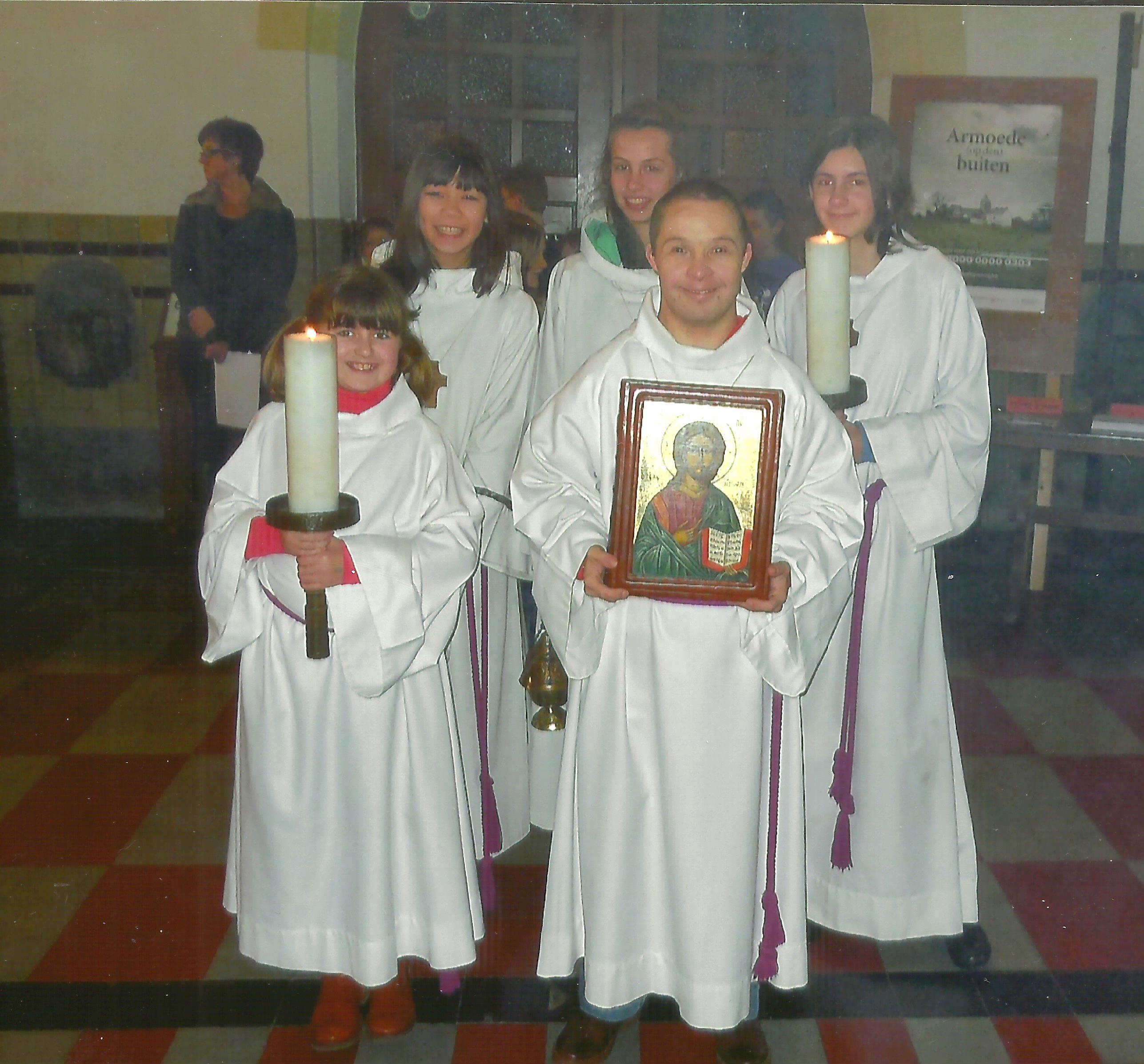 Mike 10 jaar misdienaar op St. Antonius