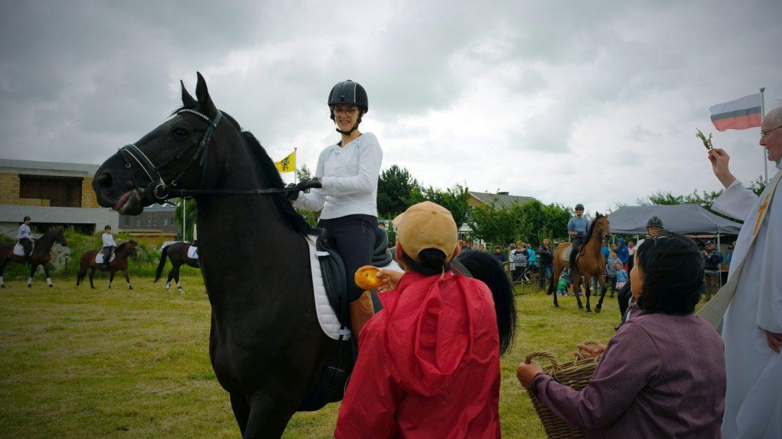 35e Paarden- en huisdierenzegening in Bredene