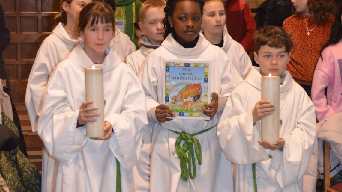Vastenviering O.-L.-Vrouwecollege Vuurtorenwijk