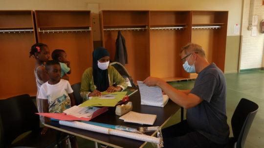 Welzijnsschakel De Caproen organiseert boekenkaftnamiddag